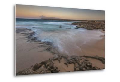 Sandy Shore at Kaehu Point, Mo'Omomi Beach, Nature Conservancy, Molokai, Hawaii-Richard Cooke III-Metal Print