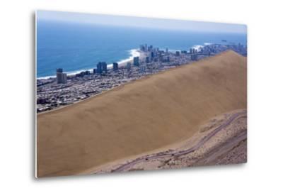 Iquique Town and Beach, Atacama Desert, Chile-Peter Groenendijk-Metal Print