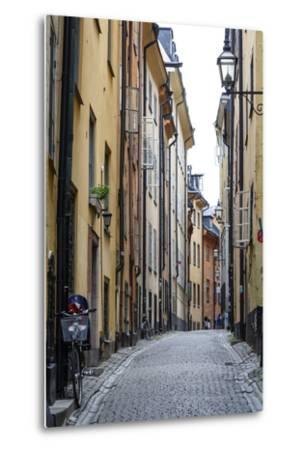 Street Scene in Gamla Stan, Stockholm, Sweden, Scandinavia, Europe-Yadid Levy-Metal Print