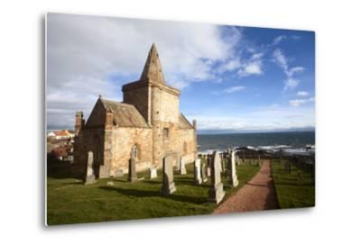 The Auld Kirk and Kirkyard on the Fife Coast at St. Monans, Fife, Scotland, United Kingdom, Europe-Mark Sunderland-Metal Print