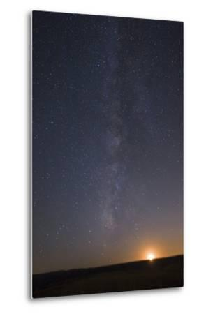 The Milky Way Stretches across the Sky as the Moon Sets-Babak Tafreshi-Metal Print