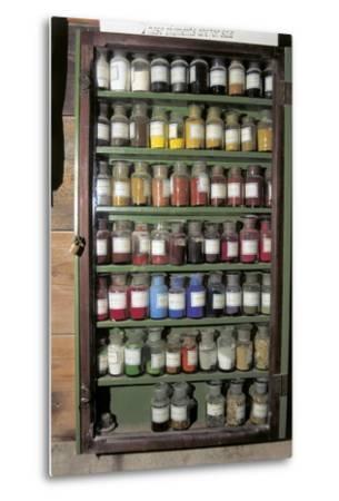 Production of Colour Pigments--Metal Print