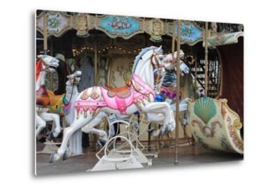 Painted Carousel Horses, Paris, France-John Cumbow-Metal Print