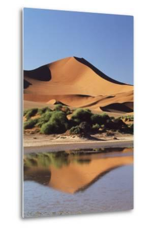 Namibia, Sossusvlei Region, Sand Dunes-Gavriel Jecan-Metal Print