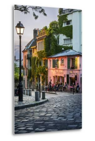 Evening Sunlight on La Maison Rose in Montmartre, Paris, France-Brian Jannsen-Metal Print