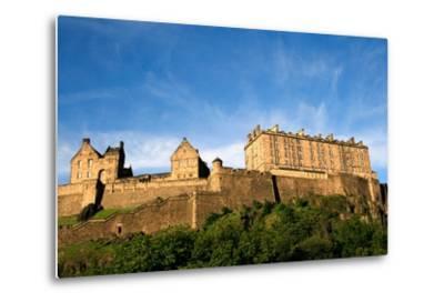 Edinburgh Castle-ZapIchigo-Metal Print