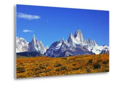The Magnificent Mountain Range - Mount Fitzroy in Patagonia, Argentina. Summer Sunny Noon-kavram-Metal Print