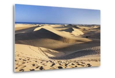 Sand Dunes of Maspalomas, Maspalomas, Gran Canaria, Canary Islands, Spain, Atlantic, Europe-Markus Lange-Metal Print