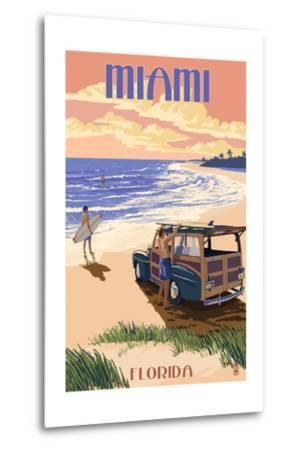 Miami, Florida - Woody on the Beach-Lantern Press-Metal Print