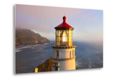 Heceta Head Lighthouse, Oregon Coast, Pacific Ocean, Pacific Northwest-Craig Tuttle-Metal Print