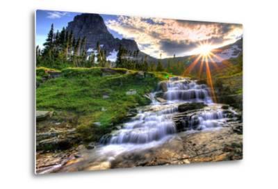 Glacier National Park, Montana - Mt. Reynolds and Sun Rays-Lantern Press-Metal Print