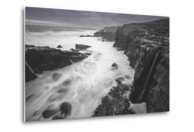 Moody Sonoma Seascape, California Coast-Vincent James-Metal Print