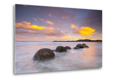 Moeraki Boulders, South Island, New Zealand-Doug Pearson-Metal Print