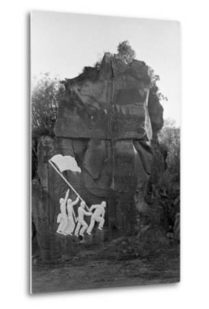 Sculpture of the Fall of Iwo Jima--Metal Print