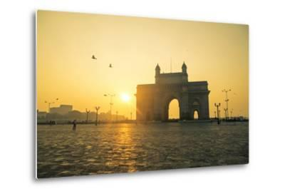 India, Maharashtra, Mumbai, Gateway of India, the Gateway of India at Dawn-Alex Robinson-Metal Print