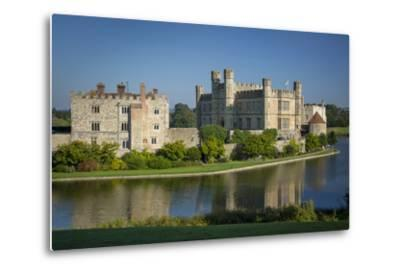 Early Morning at Leeds Castle, Maidstone, Kent, England-Brian Jannsen-Metal Print