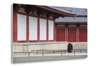 Monk at Shitenno-Ji Temple, Tennoji, Osaka, Kansai, Japan-Ian Trower-Metal Print