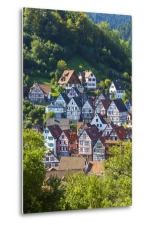 Traditional Half Timbered Buildings in Schiltach's Picturesque Medieval Altstad, Baden-Wurttemberg-Doug Pearson-Metal Print