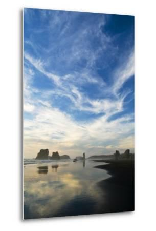USA, Oregon, Bandon Beach. Sea Stacks at Twilight-Jaynes Gallery-Metal Print