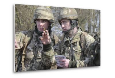 British Armed Forces Fire Control Group Planning a Firing Plan-Stocktrek Images-Metal Print