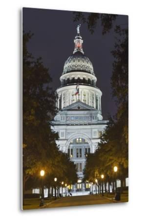 The Texas State Capitol Building in Austin, Texas.-Jon Hicks-Metal Print