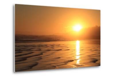 The Sun Sets over Maine's Higgins Beach in Wintertime-Robbie George-Metal Print