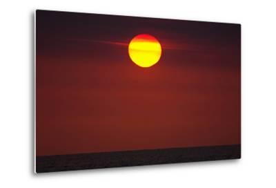 A Blazing Sunset over the Atlantic Ocean-Luis Lamar-Metal Print