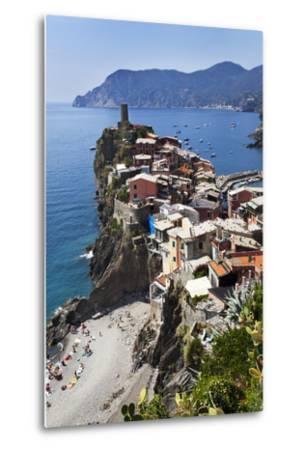 Vernazza from the Cinque Terre Coastal Path-Mark Sunderland-Metal Print
