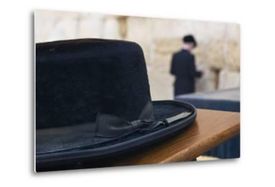 Close-Up of a Hasidic Jew's Hat at the Western Wall-Jon Hicks-Metal Print