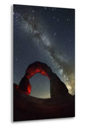 Delicate Arch and the Milky Way.-Jon Hicks-Metal Print