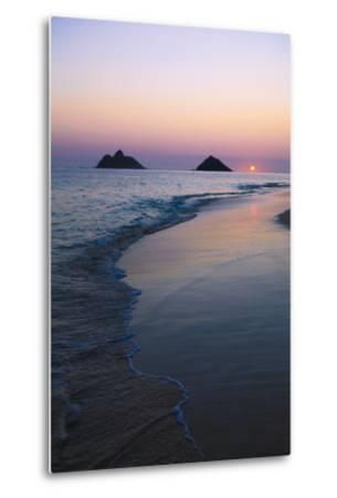 Hawaii, Oahu, Kailua, Lanikai, Sun Sinking Below Horizon on Beach-Design Pics Inc-Metal Print