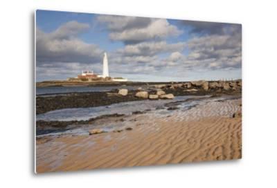 Lighthouse, Northumberland, England-Design Pics Inc-Metal Print