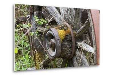 Close Up of a Decaying Old Wagon Wheel-Marc Moritsch-Metal Print