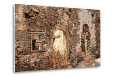 Abandoned Dwelling-Yue Lan-Metal Print