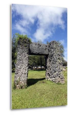 Ha'amonga 'A Maui Arch-benkrut-Metal Print