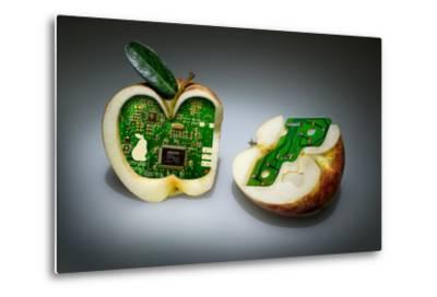 Apple Core- Kikroune-Metal Print