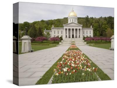 Vermont State Capitol Building, Montpelier, Vermont--Stretched Canvas Print