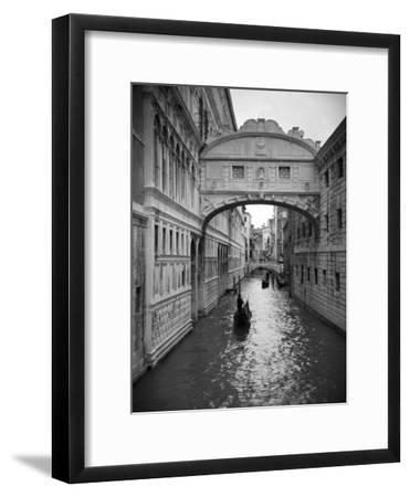 Bridge of Sighs, Doge's Palace, Venice, Italy-Jon Arnold-Framed Photographic Print