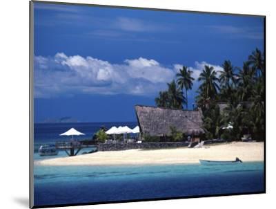 Castaway Island Resort, Mamanuca Islands, Fiji-David Wall-Mounted Premium Photographic Print