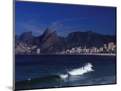 Praia De Ipanema, Rio De Janeiro, Brazil-Julie Bendlin-Mounted Photographic Print