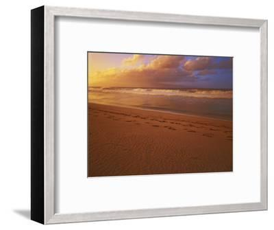 Sunset at DT Fleming State Beach, Maui, Hawaii, USA-Charles Gurche-Framed Photographic Print