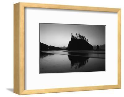 Sea Stacks, Second Beach, Olympic National Park, Washington, USA-Inger Hogstrom-Framed Photographic Print