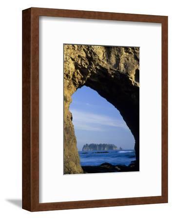 Arch in Sea Stack, Rialto Beach, Olympic National Park, Washington, USA-John & Lisa Merrill-Framed Photographic Print