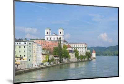 Danube River, Passau, Bavaria, Germany-Jim Engelbrecht-Mounted Photographic Print