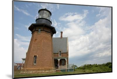 USA, Rhode Island, Block Island, Mohegan Bluffs, Southeast Lighthouse.-Cindy Miller Hopkins-Mounted Photographic Print