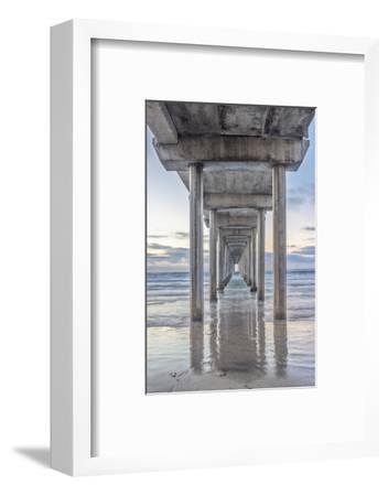 USA, California, La Jolla, Scripps Pier-Rob Tilley-Framed Photographic Print
