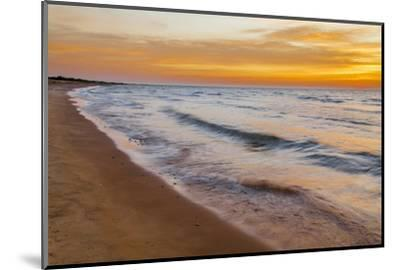 USA, Michigan, Paradise, Whitefish Bay Beach with Waves at Sunrise-Frank Zurey-Mounted Photographic Print