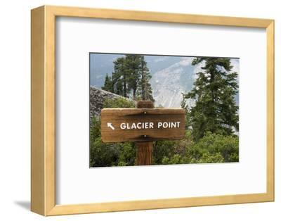 USA, California, Yosemite National Park, Glacier Point Directional Sign-Bernard Friel-Framed Photographic Print