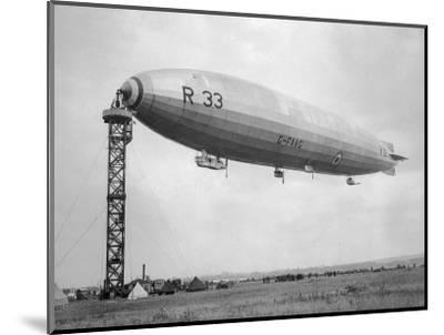 Armstrong Whitworth R33 Airship G-Faag, 1925--Mounted Photographic Print
