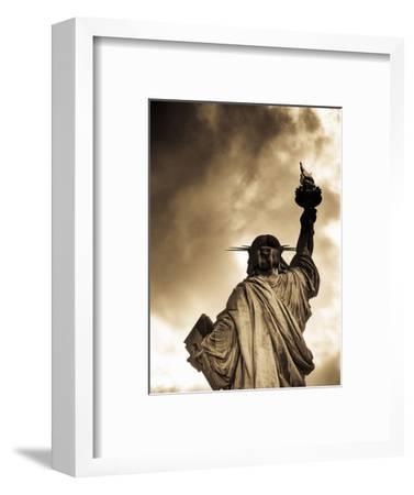 USA, New York, Statue of Liberty-Alan Copson-Framed Photographic Print